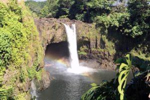 ハワイ島虹の滝